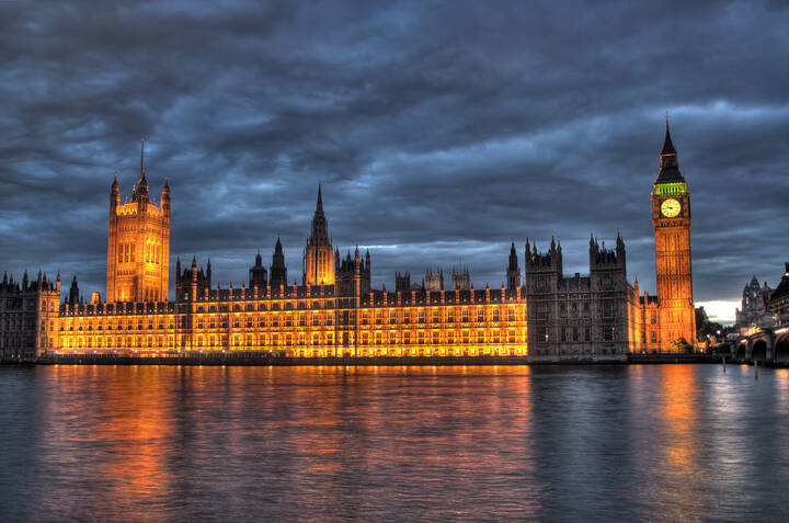 British Houses of Parliament are full of bed bugs